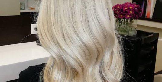 Платиновий блонд від нашого арт-директора Катерини Юрченко.  Запис за телефоном:…